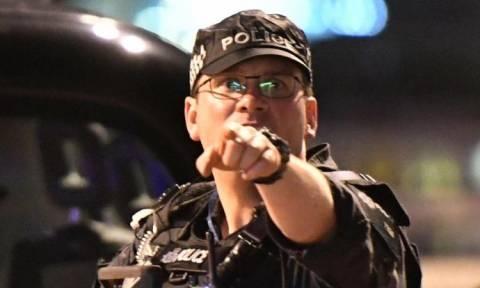 Τρομοκρατικές επιθέσεις Λονδίνο: Συναγερμός – Κάποιοι τρομοκράτες ενδέχεται να έχουν διαφύγει