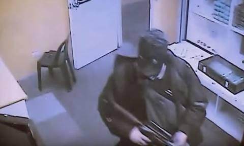 Μανίλα: Ο δράστης του μακελειού δεν ήταν τρομοκράτης, αλλά... τζογαδόρος με χρέη! (vid)