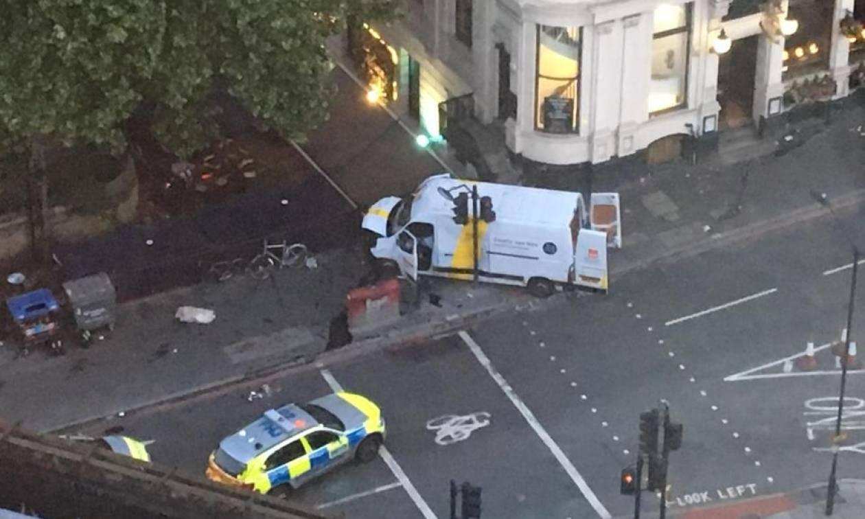 Επίθεση Λονδίνο: Ηρωική προσπάθεια οδηγού ταξί - Προσπάθησε να σταματήσει τους τρομοκράτες