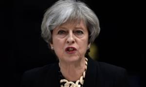 Τρομοκρατικό χτύπημα Λονδίνο - Τερέζα Μέι: Οι εκλογές θα πραγματοποιηθούν κανονικά (vid)