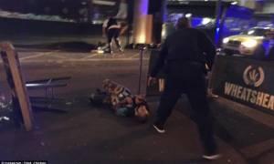 Τρομοκρατικό χτύπημα Λονδίνο: Συγκλονίζουν οι μαρτυρίες - «Μαχαίρωσαν 15 φορές μια γυναίκα»
