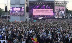 Μάντσεστερ: Μεγαλειώδης συναυλία στη μνήμη των θυμάτων της τρομοκρατίας - «Μη φοβάστε!»