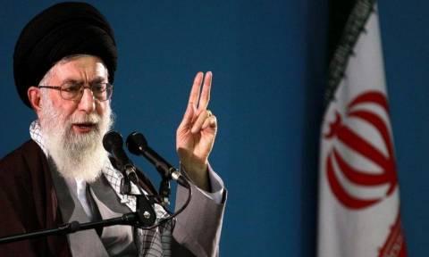 Η διαμάχη μεταξύ των χωρών του Κόλπου απειλεί τη συμμαχία κατά του Ιράν