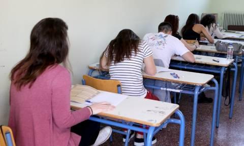 Πανελλήνιες Πανελλαδικές 2017: Αυλαία σήμερα με Νεοελληνική Γλώσσα - Έκθεση στα ΕΠΑΛ