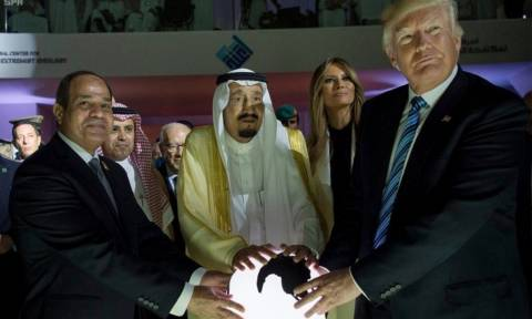 Κατάρ – Ντόναλντ Τραμπ: Εγώ ζήτησα να σταματήσουν τη χρηματοδότηση των εξτρεμιστών