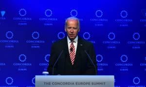 Σαφές μήνυμα Μπάιντεν: Οι ΗΠΑ χρειάζονται μια ισχυρή Ελλάδα