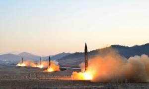 Πρόβα πολέμου από τη Βόρεια Κορέα - Προχώρησε σε πολλαπλές εκτοξεύσεις πυραύλων