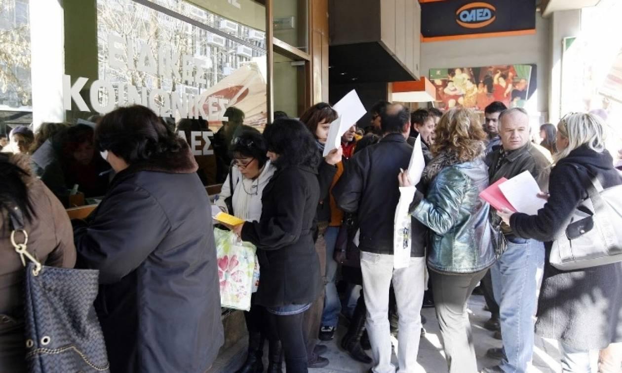 Καταρρέει η πλήρης απασχόληση στην Ελλάδα και η κυβέρνηση πανηγυρίζει για την φτηνή εργασία!