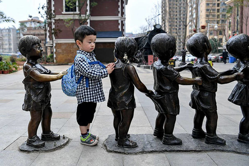 Viral: Όταν η τέχνη της γλυπτικής συνάντησε την τέχνη του «τρολλαρίσματος»