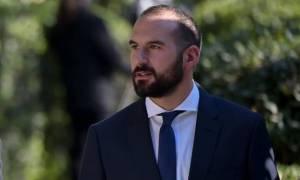 Σάλος για τις διακοπές Τζανακόπουλου στην Κέα και τα 900 ευρώ