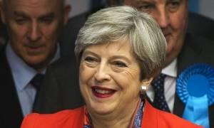 Εκλογές Βρετανία: Αρνείται να παραιτηθεί η Τερέζα Μέι