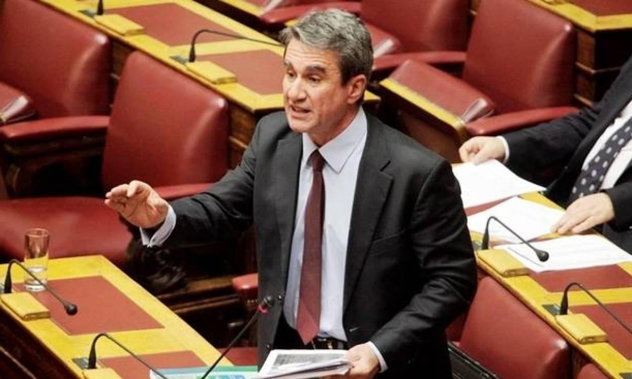 Βουλή: Αποχώρησε από τη συνεδρίαση η Δημοκρατική Συμπαράταξη