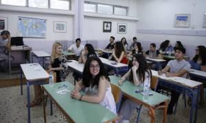 Πανελλήνιες 2017: Σε μαθήματα ειδικοτήτων εξετάζονται σήμερα οι υποψήφιοι των ΕΠΑΛ