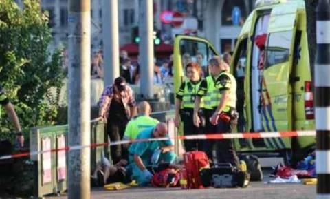 Συναγερμός στην Ολλανδία: Οδηγός τραυμάτισε οκτώ άτομα (pics+vids)