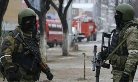 Μακελειό στη Ρωσία: Χειροβομβίδες και πυροβολισμοί κατά πολιτών - Τουλάχιστον τέσσερις νεκροί (Vids)