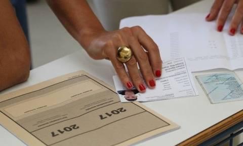 Πανελλήνιες 2017- ΓΕΛ: Σε Ιστορία, Φυσική και Ανάπτυξη Εφαρμογών εξετάζονται τη Δευτέρα οι υποψήφιοι