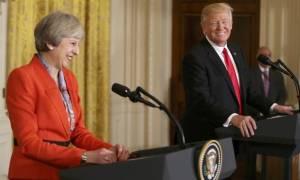 Βρετανία: Η Ντάουνινγκ Στριτ διαψεύδει ότι ακυρώθηκε η επίσκεψη Τραμπ
