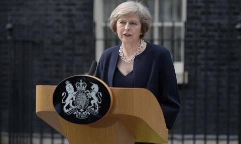 Βρετανία: Η Τερέζα Μέι ανακοίνωσε ανασχηματισμό της κυβέρνησής της