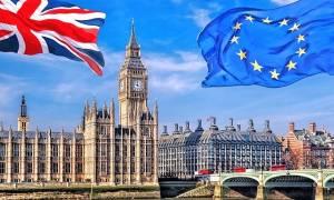 Ξεκινούν οι συνομιλίες για το Brexit