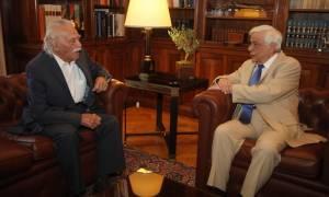 Παυλόπουλος σε Γλέζο: Έτσι φέρονται οι αγωνιστές της Εθνικής Αντίστασης