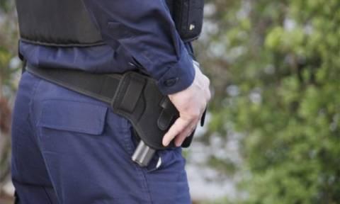 Πρέβεζα: Θρίλερ με γυναίκα που χτυπήθηκε στο κεφάλι με σκεπάρνι - Αναζητείται ο σύζυγός της