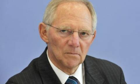 Σόιμπλε από… άλλο πλανήτη: Θα βρούμε λύση για την Ελλάδα στο Eurogroup της Πέμπτης
