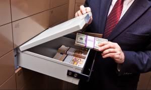 «Σέρλοκ Χολμς» προσλαμβάνουν οι ελληνικές τράπεζες