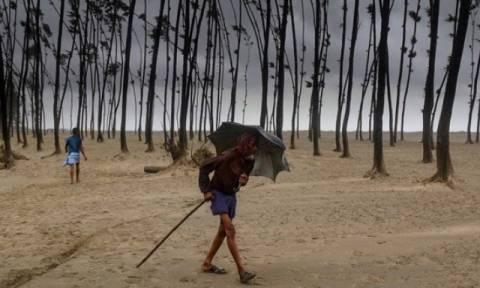 Μπανγκλαντές: Αυξάνεται δραματικά ο αριθμός των νεκρών από τις κατολισθήσεις (vid)
