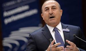 Στο Κουβέιτ μεταβαίνει ο Τσαβούσογλου με σκοπό τον τερματισμό της κρίσης στο Κατάρ