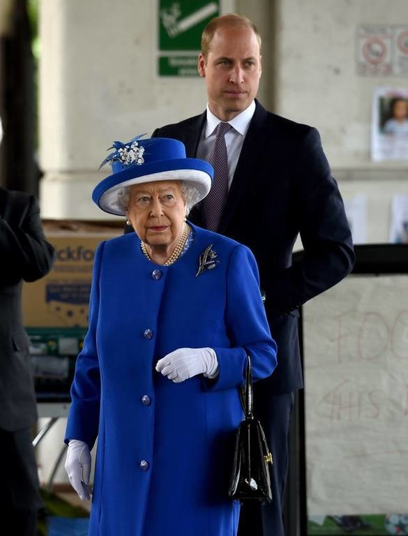 Ξέσπασε στη βασίλισσα Ελισάβετ: «Τι θα γίνει με τα αγνοούμενα παιδιά;» (pic+vid)