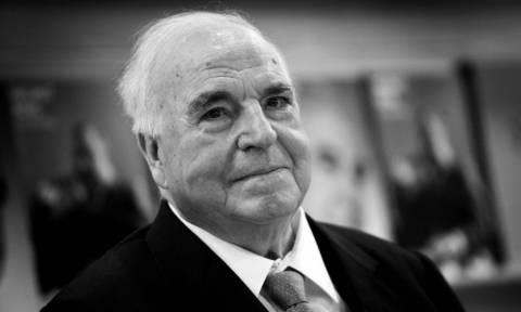 Χέλμουτ Κολ: Πολιτικοί από όλο τον πλανήτη αποχαιρετούν τον πρώην Γερμανό καγκελάριο