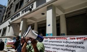 Υπουργείο Υγείας: Εξετάζεται η παράταση της θητείας των επικουρικών για ένα χρόνο