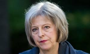 Φωτιά Λονδίνο: Η Τερέζα Μέι υποδέχεται τους επιζώντες από τον «Πύργο της Κολάσεως»