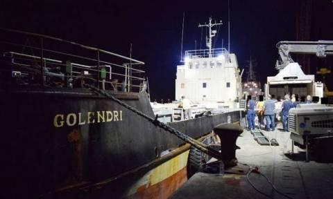 Πάνω από 1.500.000 λαθραία πακέτα τσιγάρα βρέθηκαν σε φορτηγό πλοίο στη νότια Κρήτη (pics&vid)