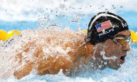 Η μονομαχία της ζωής του: Ο Μάικλ Φελπς θα κολυμπήσει κόντρα σε λευκό καρχαρία! (vid)