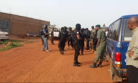 Τρόμος στο Μάλι: Τουλάχιστον δύο νεκροί από ένοπλη επίθεση σε τουριστικό θέρετρο