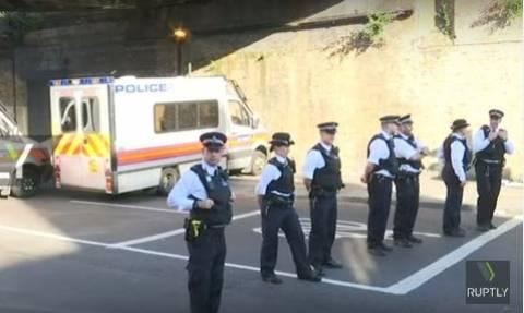 Επίθεση Λονδίνο: Δείτε LIVE εικόνα από το σημείο του τρομοκρατικού χτυπήματος