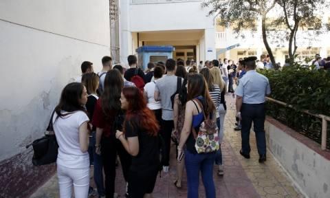 Πανελλήνιες Πανελλαδικές 2017: Σε πέντε μαθήματα εξετάζονται σήμερα (20/6) οι υποψήφιοι των ΕΠΑΛ