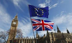 Brexit: Σκληρή στάση απέναντι στη Βρετανία ζητούν οι Ευρωπαίοι πολίτες