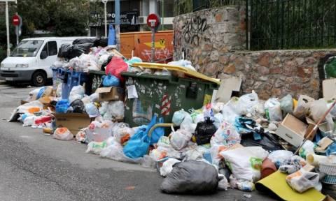 Κινητοποιήσεις ΠΟΕ-ΟΤΑ: 24ωρη απεργία και πανελλαδικό συλλαλητήριο - Τα σκουπίδια «πνίγουν» τη χώρα