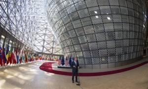 Σύνοδος Κορυφής: «Επίσημη πρώτη» για Μακρόν - Στο επίκεντρο το Brexit