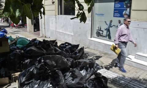 Καιρός: Τριήμερο με καύσωνα και σκουπίδια - Απέραντη χωματερή η Ελλάδα