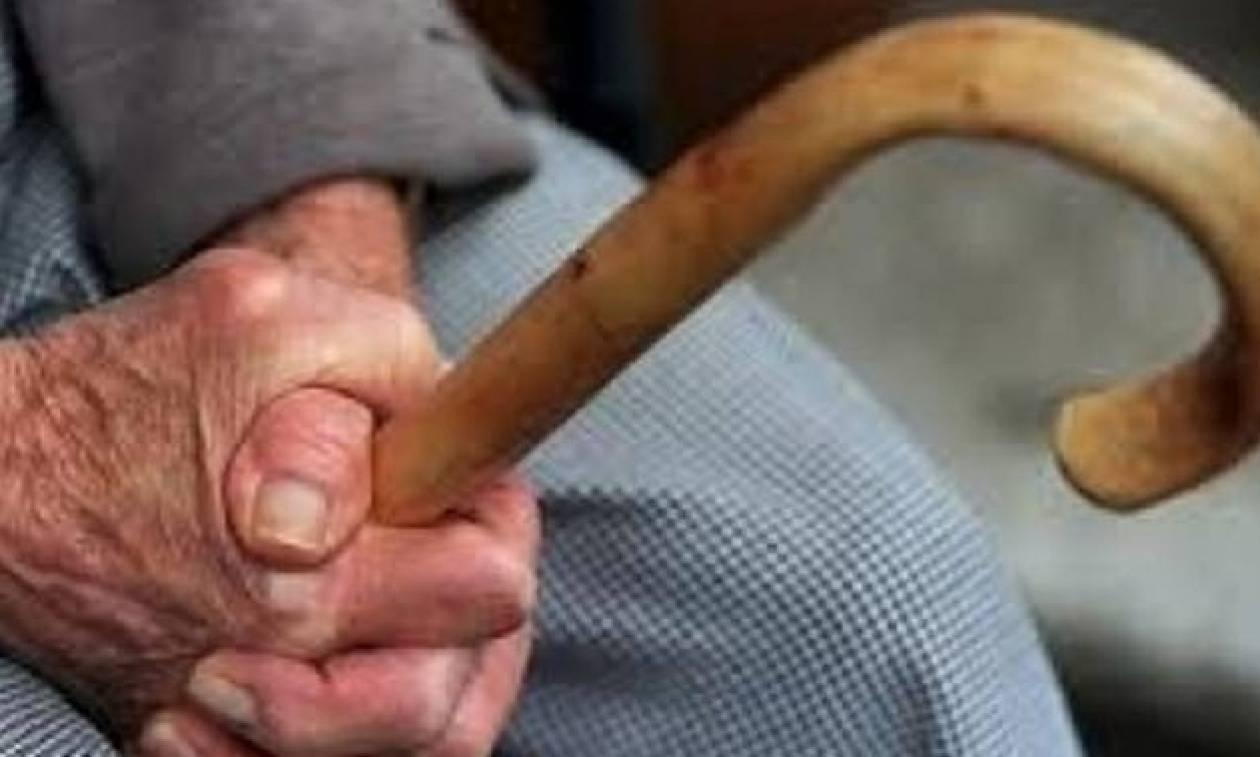 Αδίστακτοι ληστές κακοποίησαν μέχρι θανάτου 99χρονο για λιγότερα από 200 ευρώ