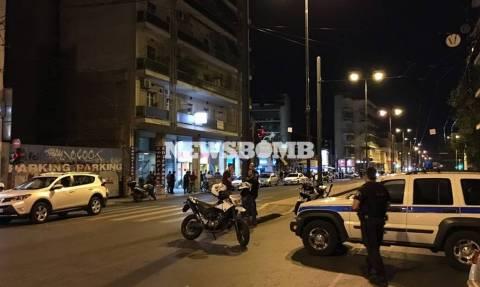 Λήξη συναγερμού στο Μεταξουργείο: Συνελήφθη ο άνδρας που είχε ταμπουρωθεί σε σπίτι (vid)