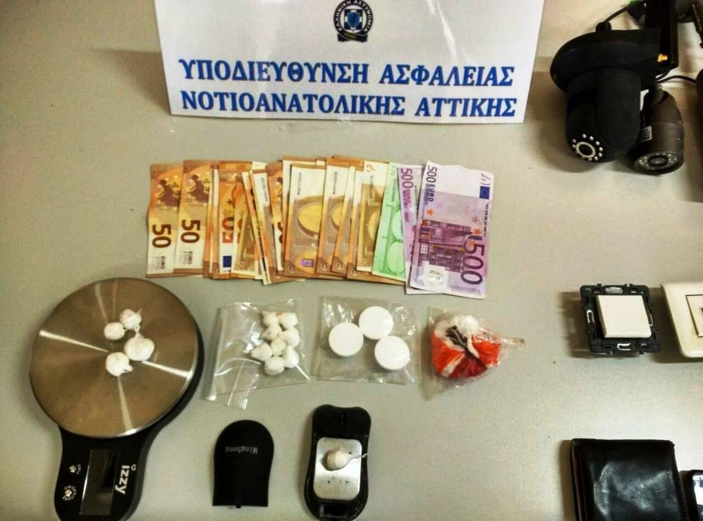 Δεκαοχτώ οι συλλήψεις στο παράνομο καζίνο του Άνω Καλαμακίου - Τι κατέσχεσε η Αστυνομία