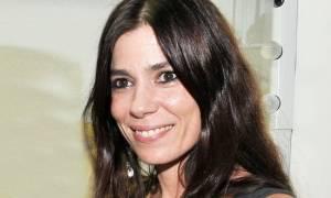 Η Μυρτώ Αλικάκη ποζάρει με μαγιό στα 45 της χωρίς ίχνος ρετούς