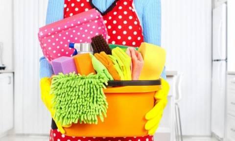 Φοβερό! Δείτε πόσες θερμίδες θα κάψετε με τις δουλειές του σπιτιού! (photo)