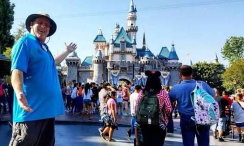 Καλιφορνέζος επισκέπτεται τη Disneyland επί 2.000 συνεχείς μέρες!