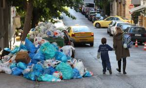 Θεσσαλονίκη: Αντιδράσεις για την ανάθεση της αποκομιδής των σκουπιδιών σε ιδιώτη