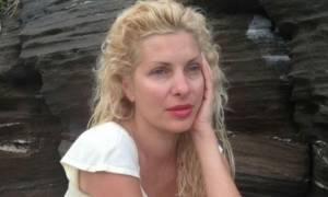 Δείτε την Ελένη Μενεγάκη σε προσωπικές στιγμές χαλάρωσης στα Άχλα, με μαγιό και χωρίς ίχνος ρετούς!